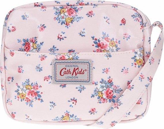 10c5304e27 Květované kabelky »